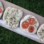 Smag på italien - bag lækre focacciastykker på grillen