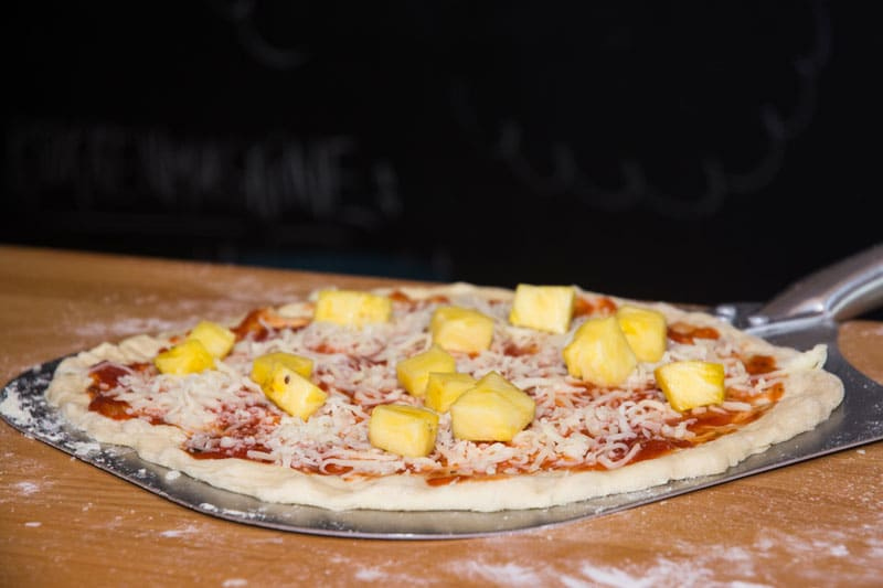 Perfekte pizzaer på grillen.