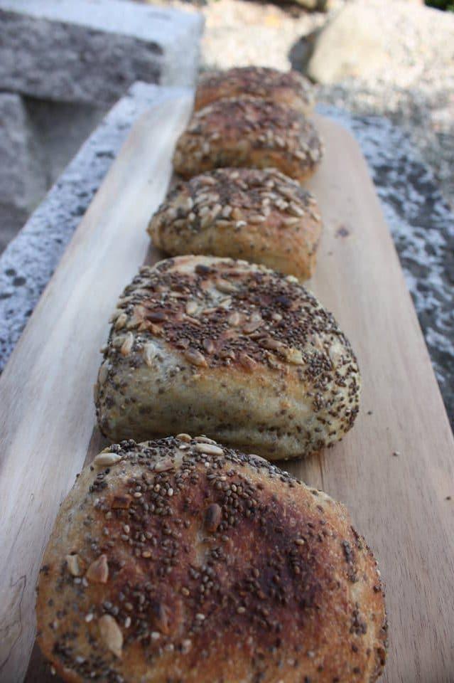 Grillede Manø-brødstykker – bagekurser – lær at bage
